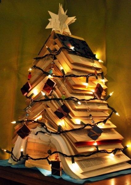 arbol de libro navidad
